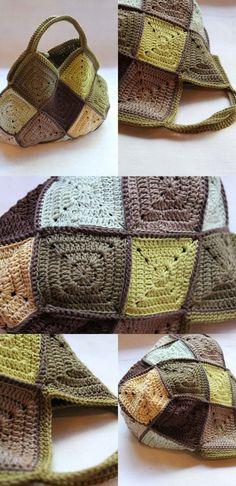 [손뜨개 가방] 코바늘 모티브 가방 예쁜 코바늘 모티브 가방......구경해요. 사각모티브 배색이 환상 ........ Crochet Purse Patterns, Crochet Clutch, Crochet Handbags, Crochet Purses, Knit Or Crochet, Crochet Hooks, Creative Embroidery, Knitted Bags, Loom Knitting