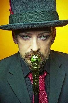 Boy George - Those lovely eyes! Oer....