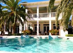 Best Ideas For Florida Beach House Exterior Key West Key West Style, Rustic Lake Houses, H Design, Design Ideas, Beautiful Pools, Beautiful Places, House Design Photos, Lounge, Barbie Dream House
