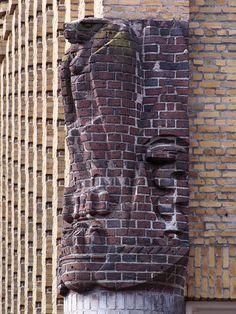 Sculptuur van Hildo Krop (Arjan den Boer)