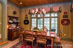 French Country kitchen tour from Our Southern Home #frenchcountry #frenchcountrykitchen