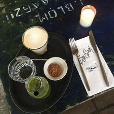 Green juice & cappuccino @ Bar Spek Latte, Alcoholic Drinks, Juice, Bar, Glass, Green, Travel, Food, Viajes