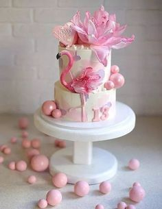 Love in pink. Dolphin Birthday Cakes, 25th Birthday Cakes, Bithday Cake, Birthday Cake Girls, Flamingo Cupcakes, Pink Flamingo Party, Flamingo Birthday, Bolo Laura, Hawaii Cake