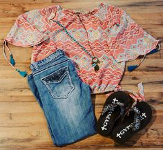 Love this look for spring! #rcincoranch #pinkpanache #gypsysoule  http://www.pistolanniesboutique.com/collections/r-cinco-ranch/products/mumbi-tribal-top?variant=4703689665