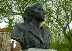 SOE Memorial, Lambeth, topped with a striking bust of Violette Szabo
