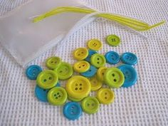 busy bags pipe cleaner button stringing