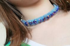 tutorial: how to knit jewelry with yarn and beads (step-by-step, with videos)