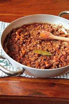 Ragù alla bolognese, sul mio blog la cuoca eclettica la ricetta