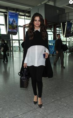 Selena Gomez à l'aéroport de Heathrow le 11 mars 2016.