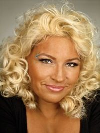 Beth Chapman discusses Baby Lyssa and Duane Lee's absence from CMT's upcoming DOG, which features Dog, Beth and Leland Chapman aiding other bond agencies. Duane Lee Chapman, Beth The Bounty Hunter, Leland Chapman, Hunter Dog, Six Girl, Sexy Older Women, Celebs, Celebrities, Celebrity Couples