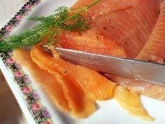 Somon marinat cu marar. Pregateste acasa minunatul somon marinat, nu o sa-l mai cumperi niciodata din comert!