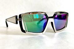 Prabal Gurung for Linda Farrow PG/3/4 Vintage Sunglasses – New – Including Softpouch – Made in Japan // Free shipping, link in bio // #lindafarrow #frenchpartofsweden #prabalgurung Linda Farrow, Mirrored Sunglasses, Vintage Sunglasses, Made In Japan, Prabal Gurung, Etsy, Fashion, Lenses, Eyeglasses