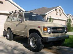 1986 Toyota Landcruiser FJ60. Want: off white  exterior Baseball glove brown leather seats