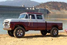 Custom VANS natural BABES & other bad ass transportation. Ford Pickup Trucks, 4x4 Trucks, Custom Trucks, Lifted Trucks, Diesel Trucks, Hot Rod Trucks, Cool Trucks, Automobile, Truck Paint