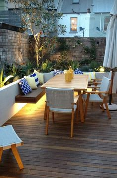 35 Modern outdoor patio designs that will blow your mind Outdoor Areas, Outdoor Rooms, Outdoor Dining, Outdoor Decor, Outdoor Lighting, Lighting Ideas, Lighting Design, Outdoor Seating, Deck Seating