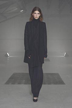 Nicolas Andreas Taralis Fall 2014 Ready-to-Wear Collection Photos - Vogue