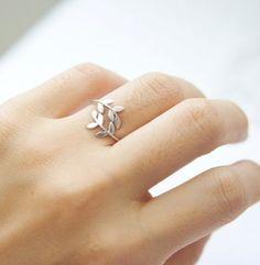 Sweet little ring with leaves. Looks like a mini greek head wreath ! :D - Save…