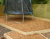 Playgrade Garden Chippings. Attractive softwood chippings produced specifically for play areas where economy and safety are paramount. Tested to BS EN 1177: 1998 safety standards. #EcoGardenProducts