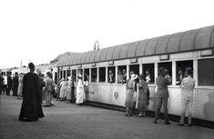 من داخل محطة قطار مصر عام 1934