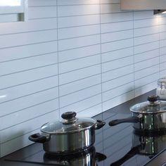 Kitchenboard White Tile 30x5 cm Fibo-Trespo Kitchen board, enklare blir det inte! Med fibo-trespo kitchen board som är specialanpassade till området mella
