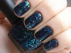 Deborah Lippmann / Across the Universe. Get on my nails!!
