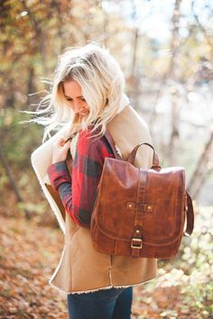 Fall/ Winter style from a Montana Style Blog! Love this Frye Bag and plaid shirt. Photos by Tyler Nicole Photography