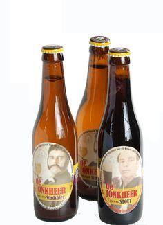 Prima biertje, ambachtelijk gebrouwen. In diverse soorten: blond, stadsbier, dubbel, tripple en stout. Biologisch en ongefilterd. Gebrouwen in een brouwerij waar mensen met een arbeidshandicap werken. Beer Bottle, Blond, Drinks, Beer, Beverages, Drink, Beverage, Blonde Man, Cocktails