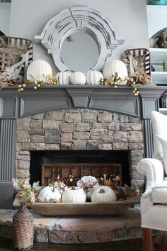 neutral-fall-mantel-