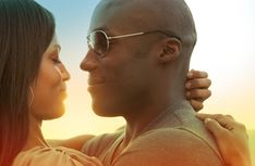 OUT WITH ITS EX GIRLFRIEND?  Are you for or against it?    Give us your review here: http://www.black-in.com/truc-de-femmes/confessions/taina/sortir-avec-lex-de-son-amie/
