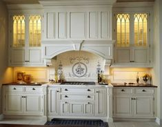 Home Improvement – Old World Kitchen Design Ideas white Victorian kitchen with lighted glass cabinets and extensive moldings Victorian Kitchen, French Country Kitchen, Kitchen Renovation, White Kitchen Interior Design, Country Bedroom Decor, Country Kitchen, Kitchen Remodel, Home Kitchens, Old World Kitchens