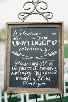 Chalkboard unplugged wedding sign for outdoor garden ceremony  | Leslie D Photography