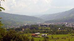 Viseul de Jos O călătorie virtuală prin Maramureş - galerie foto. Vezi mai multe poze pe www.ghiduri-turistice.info Sursa : http://ro.wikipedia.org/wiki/Fișier:Orasul_Viseu.JPG