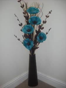 Google Image Result for http://i.ebayimg.com/t/teal-silk-flower-arrangement-brown-vase-1-metre-tall-/07/!ByTub4g!mk~%24(KGrHqJ,!iIEw5E,nZ,9BMRKPgceCg~~_35.JPG