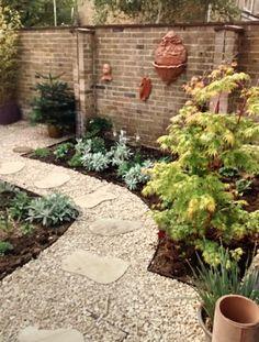 Wall art | Contemporary gardens | Oxford Garden Design