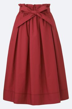 With easy-to-wear dresses, blazers, skirts and more, check out our collection of workwear that's perfect for the office. Mix and match your favorite styles to create a look that suits you. UNIQLO US. Red Skirts, Cute Skirts, Red High Waisted Skirt, Ceinture Large, Midi Flare Skirt, Flared Skirt, Mode Inspiration, Mi Long, Skirt Outfits