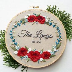 Vlastné ručne vyšívané svadobné výročie Hoop Art - svadobný dar - zvyk prispôsobil svadobné kvety kytice Artwork