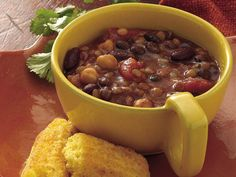 Slow Cooker Three-Bean Chili Kinds Of Beans, Three Beans, White Bean Turkey Chili, No Bean Chili, Three Bean Chili Recipe, Chili Recipes, Slow Cooker Recipes, Crockpot Recipes, Soup Recipes