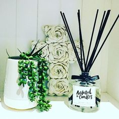 Decorate with scent 💚 Allow your favourite diffuser to fill your home with a bright enlivening aroma! #addictedtocandles #love #diffuser #candles #triplescented #luxury #homedecor #home #style #interiorinspo #accessories #fragrance #home #decor ##houzzau #homefragrance #aroma #amazing #bedroom #bathroom #gift #christmas #etsy #etsyau #makersgonnamake #picoftheday