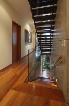 Una casa en Lima muestra su nuevo diseño e #iluminación > http://www.iluminacion.net/noticias/una_casa_en_lima_muestra_su_nuevo_dise%C3%B1o_e_iluminacion.asp?ID_Articulo=366 #decoración #hogar #interiores