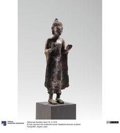 Art Thai, Standing Buddha, 12th Century, Buddhism, Berlin, Thailand, Lion Sculpture, Bronze, Statue