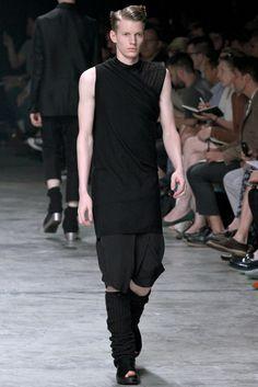 195fca7dac8 Rick Owens Spring 2013 Menswear Fashion Show