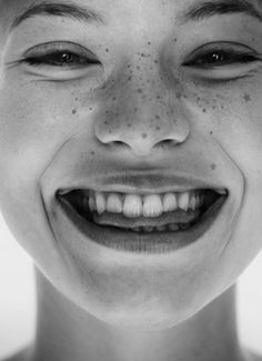 Happy Face  | black & white photo - www.pinterest.com/wholoves/Beautiful faces - #beautiful #faces