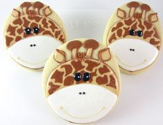 giraffes cookies - reminds me of my friend Karla. the giraffe lover :D Fancy Cookies, Cute Cookies, Royal Icing Cookies, Cupcake Cookies, Sugar Cookies, Onesie Cookies, Iced Cookies, Yummy Cookies, Bolacha Cookies