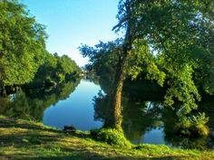Boa tarde :D O rio Vez por alturas da Volta da Lamela em Arcos de #Valdevez na tarde de ontem - http://ift.tt/1MZR1pw -
