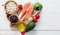Το σώμα χρειάζεται το λίπος για να λειτουργήσει σωστά, για την απορρόφηση των βιταμινών, για να έχει ενέργεια, για την προστασία των εσωτερικών οργάνων και για να μπορούν οι ορμόνες να βρίσκονται σε ισορροπία. Είναι βέβαια γεγονός ότι όλα τα λίπη δεν είναι τα ίδια. Τα κορεσμένα και τρανς λιπαρά (που βρίσκονται στα επεξεργασμένα τρόφιμα,…