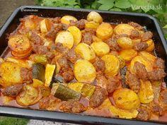 Tepsi kebab (fotorecept) Kebab, Ground Meat Recipes, Pretzel Bites, Hamburger, Food And Drink, Treats, Chicken, Foodies, Vietnam