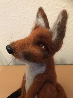 Handmade With Natural Wool, Soft Sculpture Gift. Needle felting is the process of binding wool fibres by repeatedly stabbing them with a barbed needle. Wool Needle Felting, Needle Felted Animals, Felt Animals, Cute Animals, Felt Fox, Felt Gifts, Quirky Gifts, Colorful Animals, Cute Fox