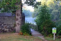 The Old Manse Boathouse in Lexington is a private spot where your worries will never find you. New England Day Trips, New England States, New England Travel, The Places Youll Go, Places To See, East Coast Road Trip, Boston Travel, All I Ever Wanted, Adventure Is Out There