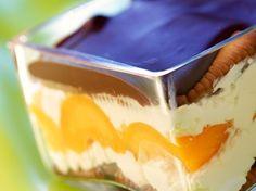 Découvrez la recette Tiramisu à la pêche et ricotta sur cuisineactuelle.fr.