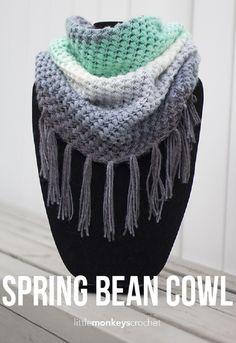 Spring Bean Cowl Crochet Pattern